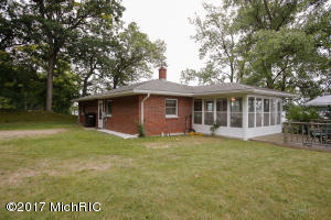 Property for sale at 10758 Stoney Point Drive, Delton,  MI 49046