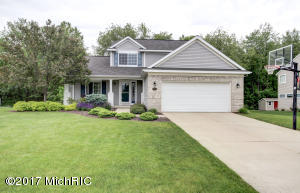 7513 Cannon Run Drive, Rockford, MI 49341