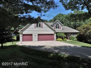 15190 Oakwood Drive, Big Rapids, MI 49307