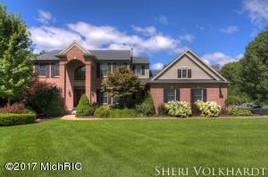 7757 Forest Court, Rockford, MI 49341