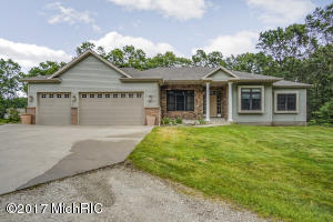 Single Family Home for Sale at 2812 Beattie Twin Lake, Michigan 49457 United States