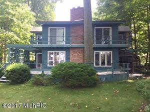 Single Family Home for Sale at 77150 Marwood South Haven, Michigan 49090 United States
