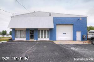 111 W Ash Street, Cedar Springs, MI 49319