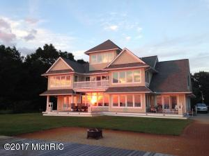 Single Family Home for Sale at 17080 Lakeshore Hills West Olive, Michigan 49460 United States