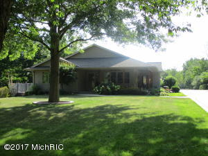 Single Family Home for Sale at 2156 58th Fennville, Michigan 49408 United States
