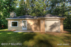 Property for sale at 11335 Hemlock Street, Holton,  MI 49425