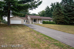 1080 Alden Nash Avenue, Lowell, MI 49331