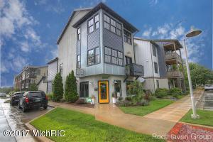 Property for sale at 2052 Celadon Drive Unit 72, Grand Rapids,  MI 49525