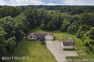 Property for sale at 4385 Whispering Hills Lane, Hastings,  MI 49058