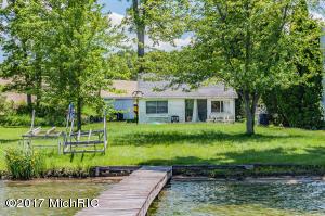 17414 Donnell Lake Vandalia, MI 49095