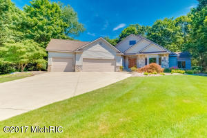 2282 Warner Drive, Holland, MI 49424