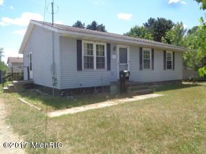 528 E Gardner Street, Sparta, MI 49345