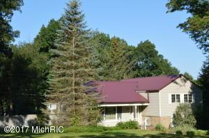 8283 Myers Lake Avenue, Rockford, MI 49341