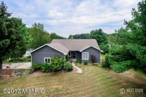 Single Family Home for Sale at 17004 130th Nunica, Michigan 49448 United States