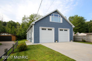 Property for sale at 10927 Shady Lane Drive, Middleville,  MI 49333