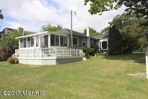 Property for sale at 8085 W Long Lake Drive, Kalamazoo,  MI 49048