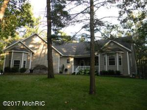 Single Family Home for Sale at 2411 Raymond Twin Lake, Michigan 49457 United States