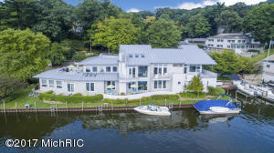 Property for sale at 515 Park Street Unit 1, Saugatuck,  MI 49453