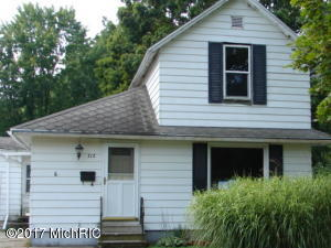 Property for sale at 712 E Marshall Street, Hastings,  MI 49058