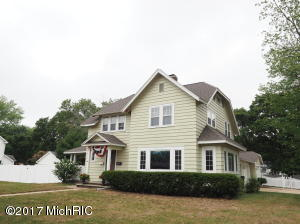 Single Family Home for Sale at 834 Ruddiman Muskegon, Michigan 49445 United States