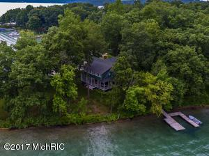1 Gull Lake Island Richland, MI 49083