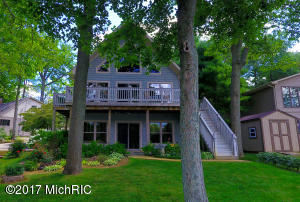 Property for sale at 9202 Lakeview Drive, Delton,  MI 49046