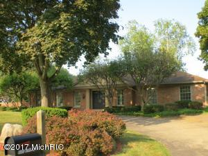 Property for sale at 4320 Roxbury Lane, Kalamazoo,  MI 49008