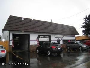 Property for sale at 28 N 3rd Avenue, Fruitport,  MI 49415