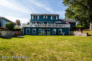 60786 Klett Decatur, MI 49045