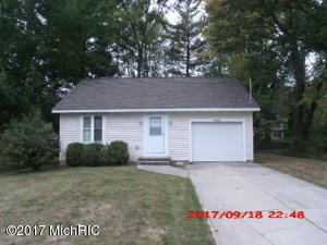 Property for sale at 445 Fairfield, Grand Rapids,  MI 49504
