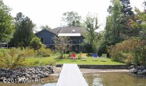 Property for sale at 7701 S Indian Lake Drive, Vicksburg,  MI 49097