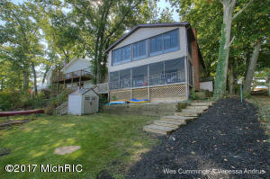 Property for sale at 7093 Peninsula Drive, Rockford,  MI 49341
