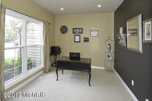 6195 FALABELLA, KALAMAZOO, MI 49009  Photo 12