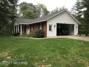12194 104TH AVENUE, GRAND HAVEN, MI 49417  Photo 2