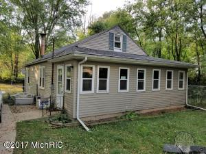 Property for sale at 631 Leenhouts Street, Kalamazoo,  MI 49048