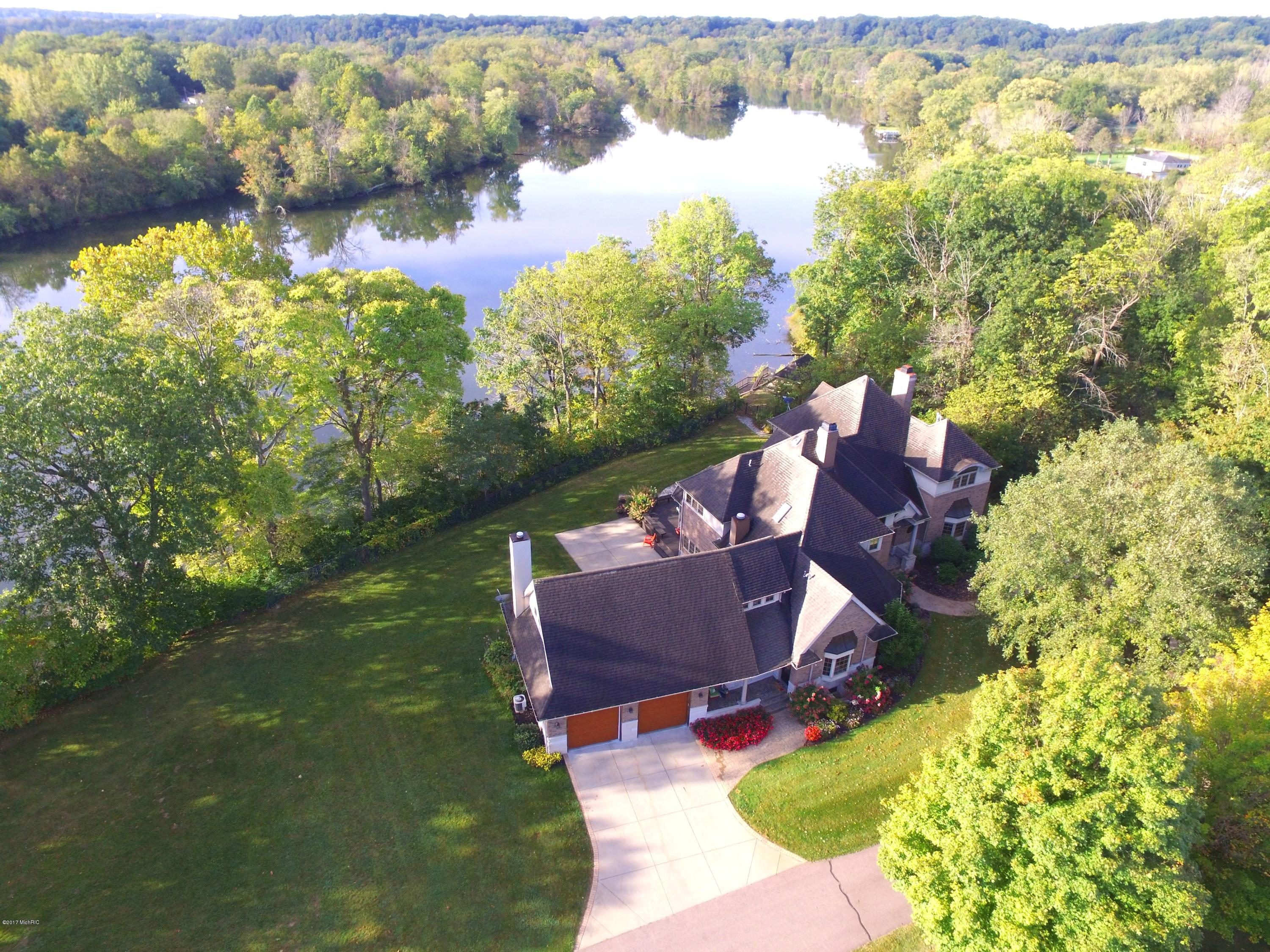 14359 N RED BUD TRAIL, BUCHANAN, MI 49107