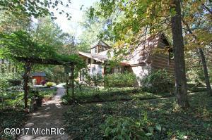 Property for sale at 16725 E C Avenue, Augusta,  MI 49012