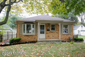 Property for sale at 115 N Woodrow Avenue, Battle Creek,  MI 49015