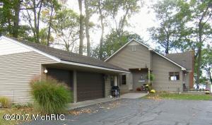 Property for sale at 8888 E Long Lake Drive, Scotts,  MI 49088