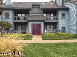 Property for sale at 210 N Shore Drive Unit 3, South Haven,  MI 49090