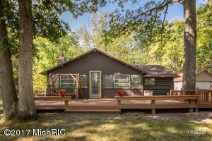 Property for sale at 830 Breeze Road, Harrison,  MI 48625