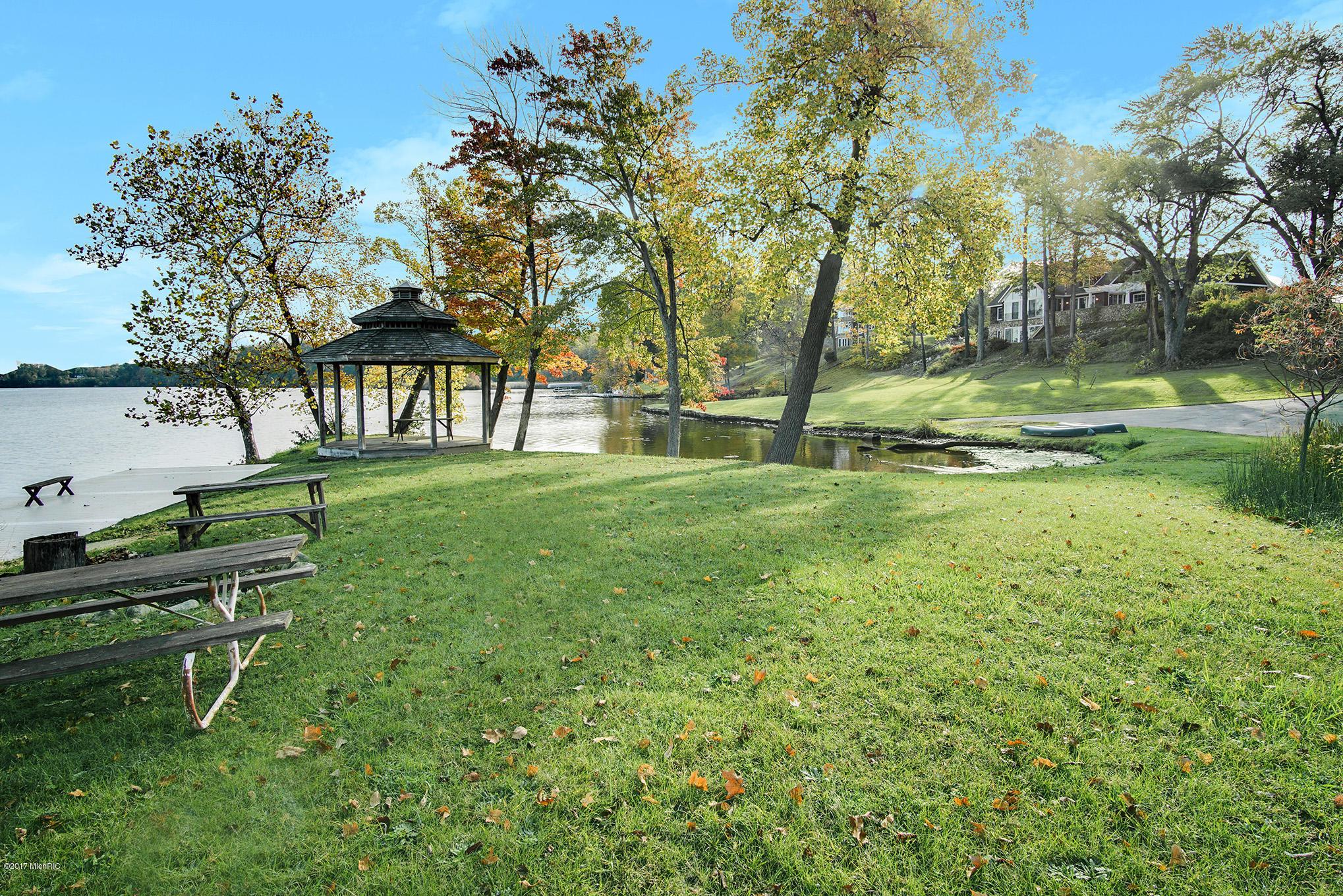 4677 Lake Pines , Berrien Springs, MI 49103 Photo 53
