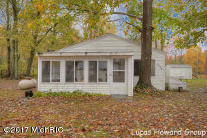 Property for sale at 4216 S Southshore Drive, Allegan,  MI 49010