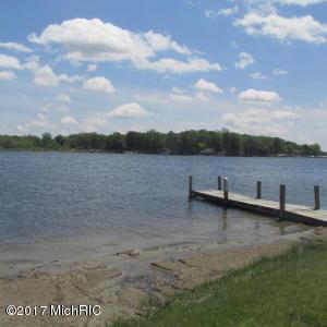 711 Wayne Beach Coldwater, MI 49036