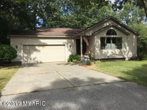 Property for sale at 116 Eugene Avenue, Norton Shores,  MI 49441