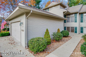 Property for sale at 726 Tournament Circle, Norton Shores,  MI 49441