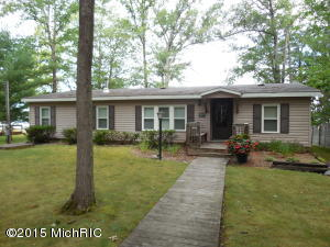 Property for sale at 1836 Wolf Lake Drive, Baldwin,  MI 49304