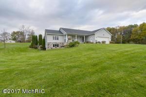 Property for sale at 557 Arhana Crest Dr, Middleville,  MI 49333