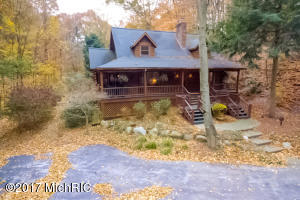 Property for sale at 17652 N Shore Estates Road, Spring Lake,  MI 49456