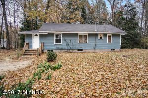 Property for sale at 3792 E Pontaluna Road, Fruitport,  MI 49415